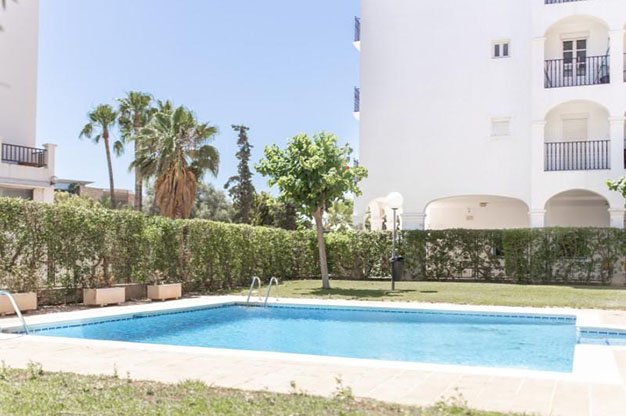 PISCINA IBIZA 1 - You won't be able to resist this flat for sale in Ibiza: ideally located and with a terrace and pool