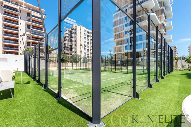 PISTA PADDLE ALICANTE - Discover this flat next to the beach in Alicante, ideal for those looking for a modern and comfortable space