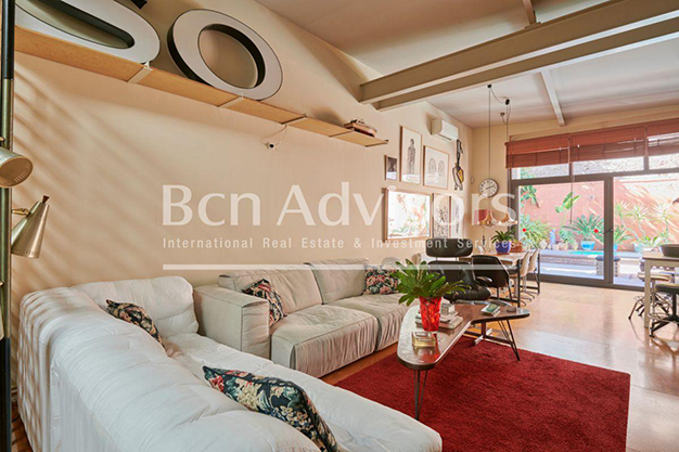 Principal Barcelona - This spacious flat with a swimming pool in Barcelona is ideal for relaxing and enjoying the city