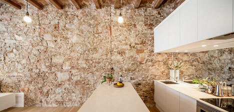 Renovated apartment in Barcelona by Sergi Pons5