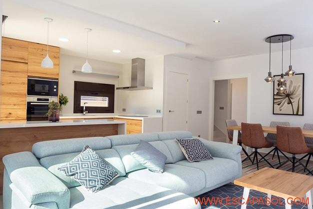 SALON COMEDOR ALICANTE - This brand new villa with a pool in Alicante is just perfect for a fresh start