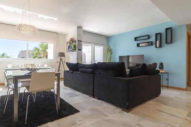 SALON COMEDOR IBIZA 2 - You won't be able to resist this flat for sale in Ibiza: ideally located and with a terrace and pool