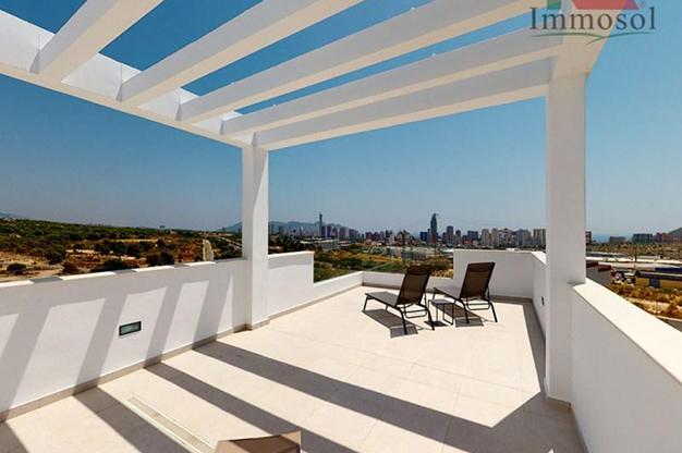 SOLARIUM BENIDORM - This luxury villa in Benidorm is the perfect house: a pool, garden, solarium and much more
