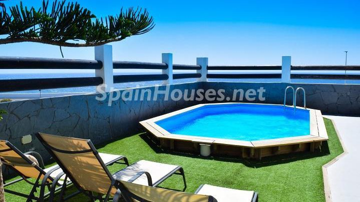 Semi detached chalet for sale in Granadilla de Abona e1493713437936 - 8 Fantastic Homes for Sale in the Canary Islands!