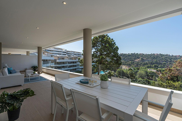TERRAZA BENEHAVIS - Live surrounded by nature with this luxury apartment in Málaga
