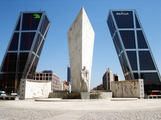 Torres Kio2 - Architecture in Spain: Puerta de Europa, Madrid, by Johnson and Burgee