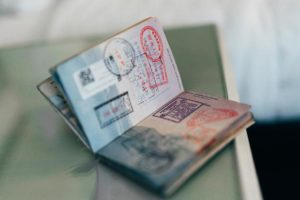 Procedures to buy a home in Spain and get the residence permit