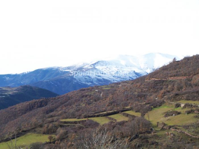 Views - Country House for sale in the Pyrenees, Lleida Province
