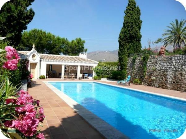 Villa en alquiler de vacaciones en Salobreña a - Vacaciones en Salobreña: Una villa morisca con vistas al Mar Mediterráneo