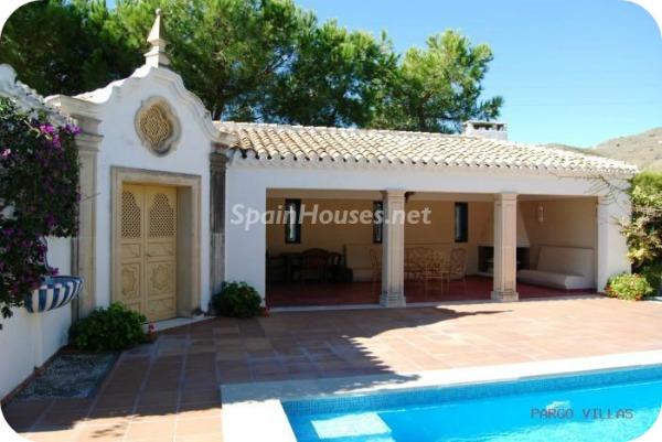 Villa en alquiler de vacaciones en Salobreña d - Vacaciones en Salobreña: Una villa morisca con vistas al Mar Mediterráneo