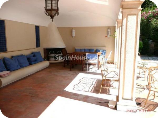 Villa en alquiler de vacaciones en Salobreña e - Vacaciones en Salobreña: Una villa morisca con vistas al Mar Mediterráneo