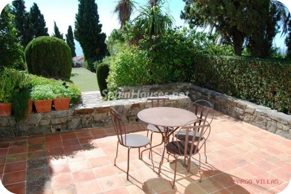 Villa en alquiler de vacaciones en Salobreña g - Vacaciones en Salobreña: Una villa morisca con vistas al Mar Mediterráneo