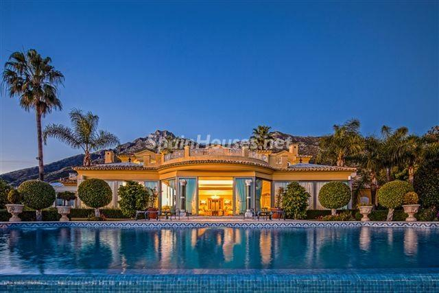 Villa in Marbella1 - The construction of luxury homes escapes the crisis and requires qualified workers