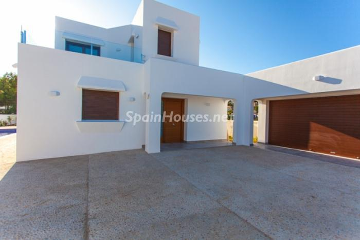 Villa in Moraira2 - Fantastic Villa For Sale in Moraria, Alicante
