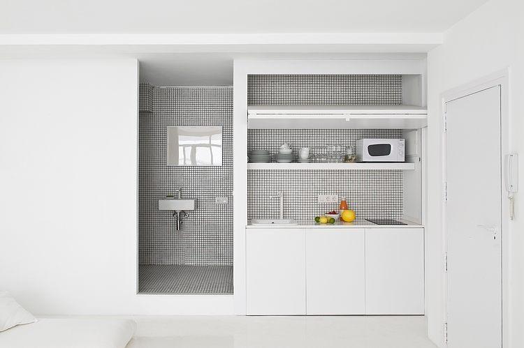 White apartment Barcelona7