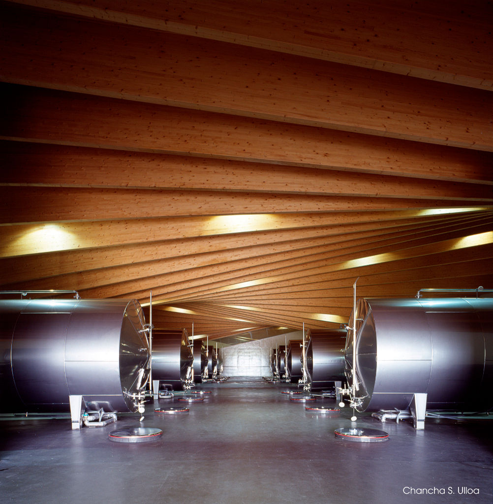 Ysios Winery in La Rioja5 - Contemporary Architecture: Ysios Winery in the Rioja Alavesa, Spain