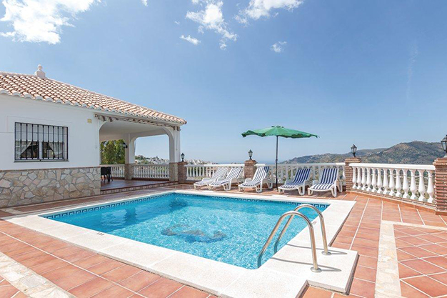 apartamento7 - Holiday rental homes in Costa del Sol, Spain: 10 opportunities for this summer