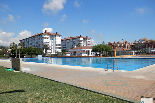 apartamento8 - Holiday rental homes in Costa del Sol, Spain: 10 opportunities for this summer