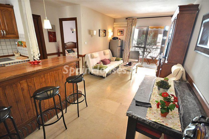 apartment in Fuengirola e1461250082690 - Holidays in Spain: Home Rentals for Every Budget!