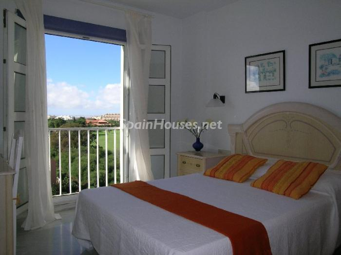 apartment in Roquetas de Mar Almería - Holidays in Spain: Home Rentals for Every Budget!