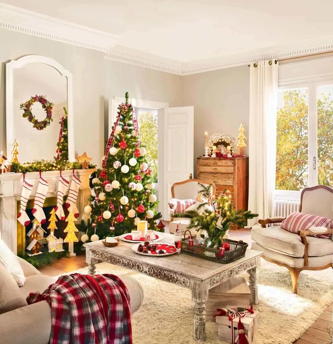arbol de navidad junto chimenea con calcetines 394990 73b7af3d 1162x1200 1 - Christmas decorative styles