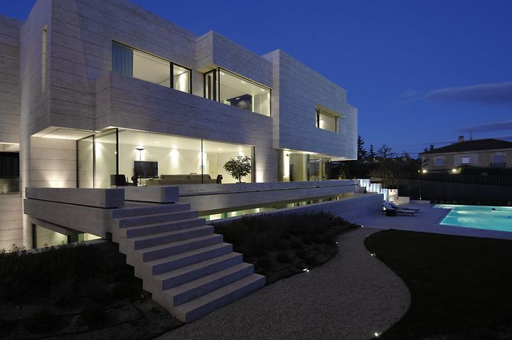 artchitectural house in Madrid5 - Art-chitectural House in Madrid by A-cero