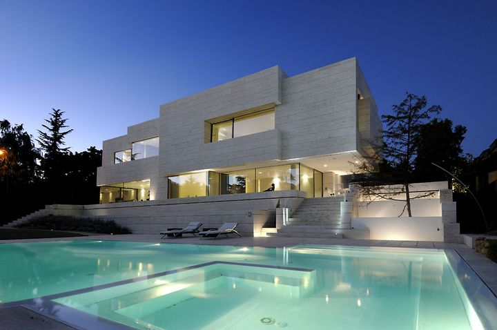artchitectural house in Madrid6 - Art-chitectural House in Madrid by A-cero