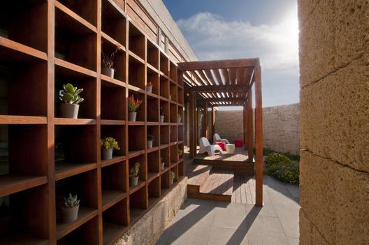 bioclimatic house 4 - Bioclimatic Dwelling in Tenerife by Ruiz Larrea y Asociados