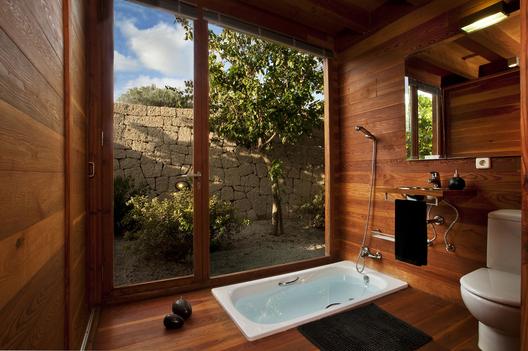 bioclimatic house 5 - Bioclimatic Dwelling in Tenerife by Ruiz Larrea y Asociados