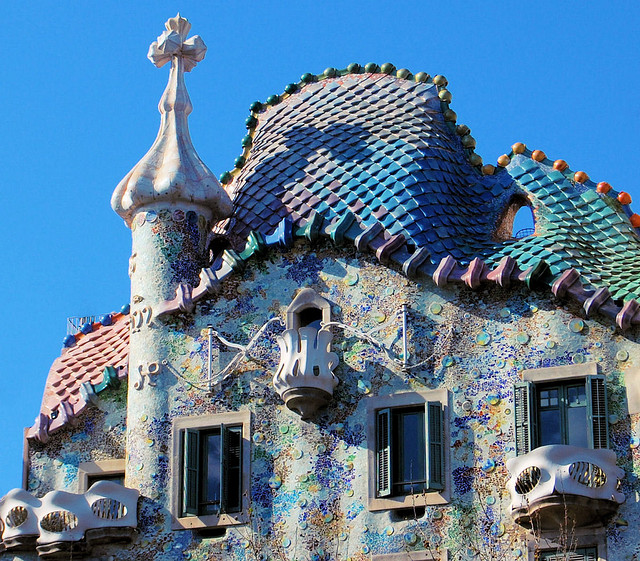 casa Batlló.jpg5  - Casa Batlló, Gaudí's Architectural Treasure in Barcelona, Spain