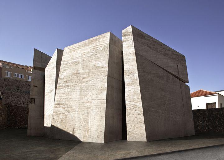 church in la laguna by menis arquitectos 02 - Church in La Laguna, Tenerife, Canary Islands