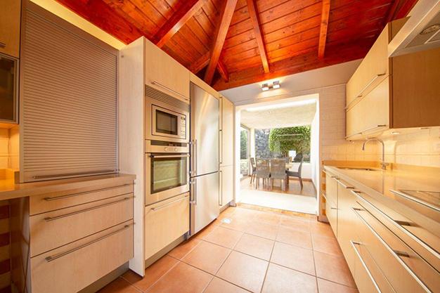 cocina 1 1 - Villa with sea views in Tenerife: your dream home