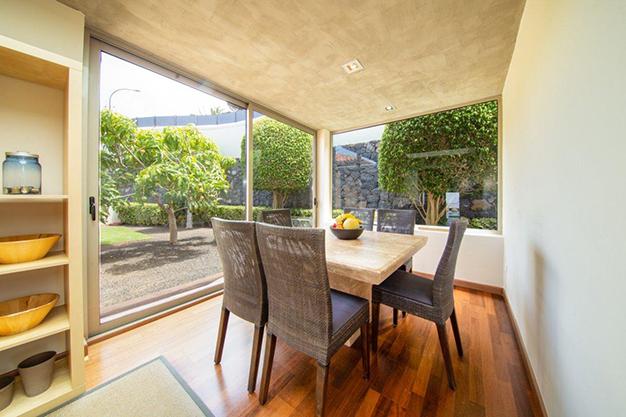 cocina 2 1 1 - Villa with sea views in Tenerife: your dream home