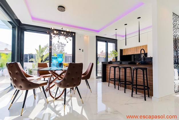 cocina 2 4 - House with private pool in Costa Blanca: the best way to enjoy a warm climate