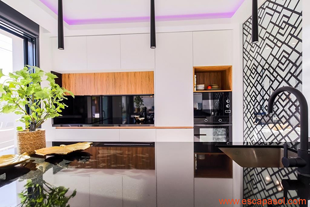 cocina 2 5 - House with private pool in Costa Blanca: the best way to enjoy a warm climate