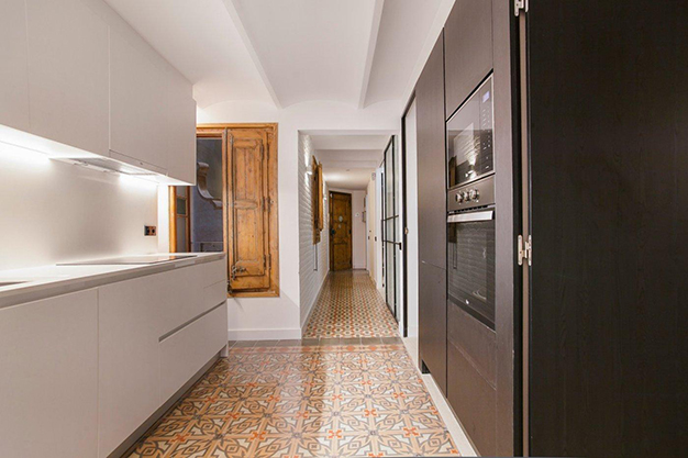 cocina barcelona - Apartment with terrace in Barcelona: modernity in a neighbourhood of majestic architecture
