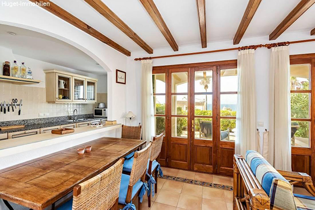 comedor 4 - Smooth Island Lifestyle in this Beautiful Beachfront Apartment in Mallorca
