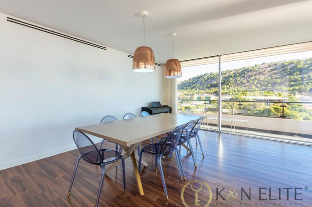 comedor atico cerca de la playa en Alicante - Spectacular penthouse near the beach in Alicante: sea and mountains within reach of your eyes
