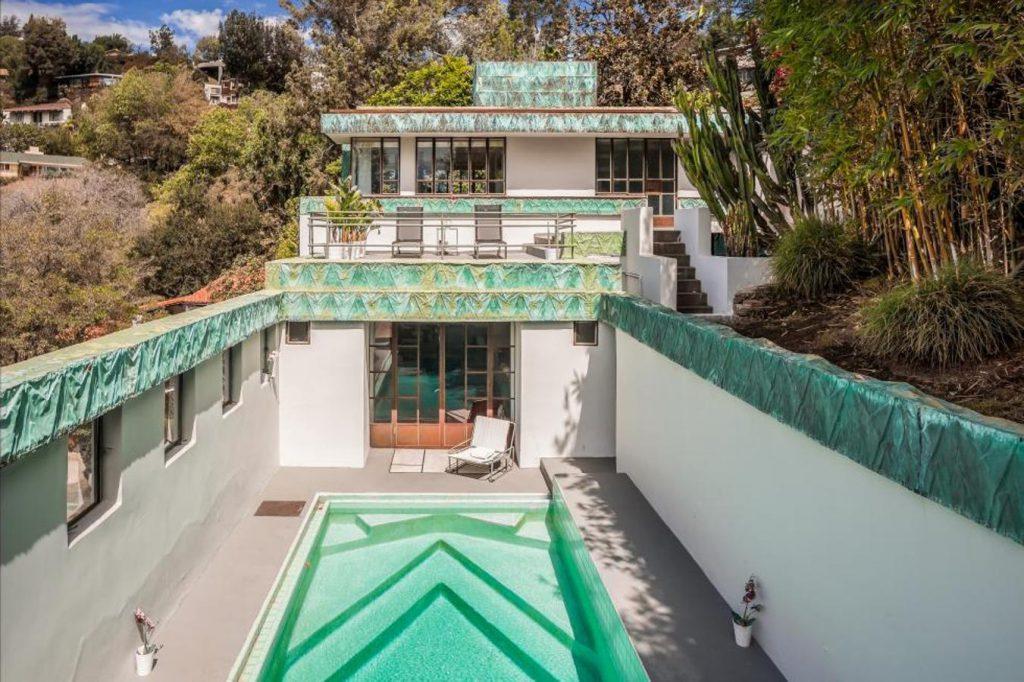 diane keaton8 kJKB 1351x900@abc 1024x682 - Diane Keaton puts her mansion for sale
