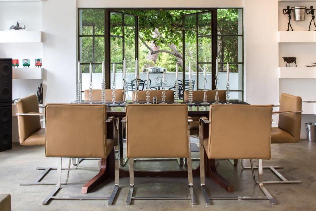diane keaton9 kJKB 1351x900@abc 1024x682 - Diane Keaton puts her mansion for sale
