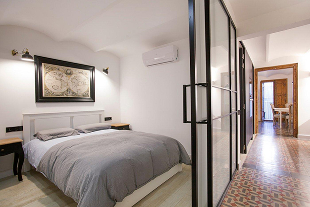 dormitorio principal barcelona - Apartment with terrace in Barcelona: modernity in a neighbourhood of majestic architecture