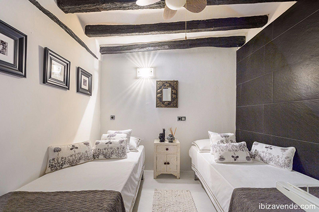 dormitorio2 ibiza - Apartment facing the harbour in Ibiza: absolute maritime charm