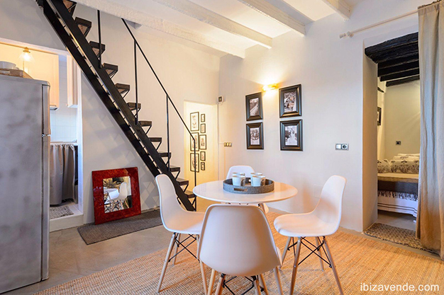 escalera ibiza - Apartment facing the harbour in Ibiza: absolute maritime charm