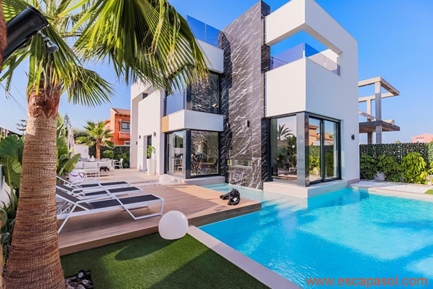 exterior vivienda - House with private pool in Costa Blanca: the best way to enjoy a warm climate