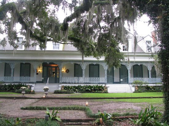 front of the myrtles - Most frightening houses in the world
