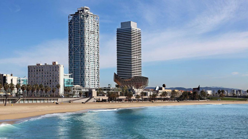 hotel arts barcelona 2 1024x576 - Architecture in Spain: Hotel Arts in Barcelona