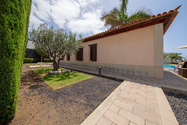 jardín 2 2 - Villa with sea views in Tenerife: your dream home