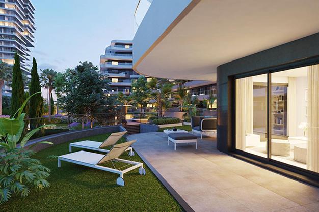 jardín - Modern beachfront apartment in Málaga