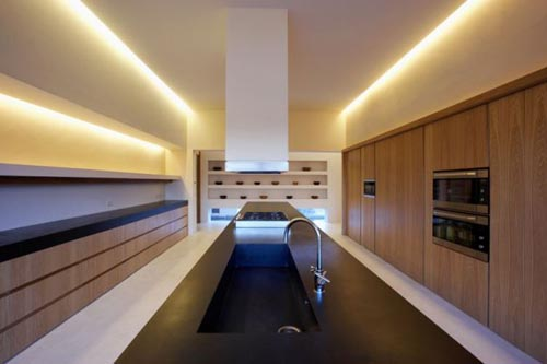 kitchen design mountain house7 - Modern Mountain House in Ávila, Spain