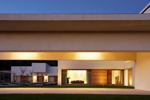 mountain house architectura6 - Modern Mountain House in Ávila, Spain